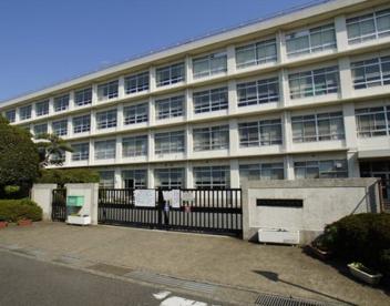 平塚市立神明中学校の画像1