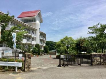 平塚市立吉沢小学校の画像1