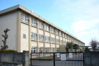 前橋市立桃瀬小学校の画像1