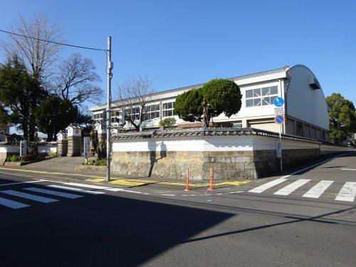 柁城小学校の画像