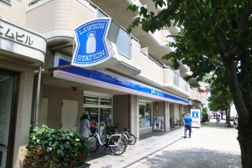 ローソン 横須賀日の出町三丁目店の画像