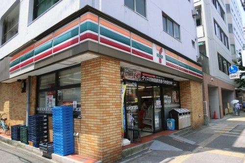 セブン-イレブン 横須賀米ケ浜店の画像