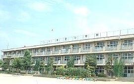 前橋市立清里小学校の画像1