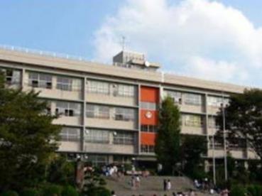 豊中市立東豊中小学校の画像1