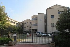 神戸市立向洋小学校の画像1