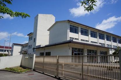 三田市立松が丘小学校の画像1