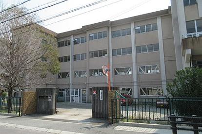 川西市立加茂小学校の画像1