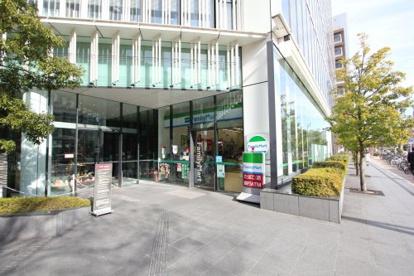 ファミリーマート地下鉄高岳駅前店の画像1