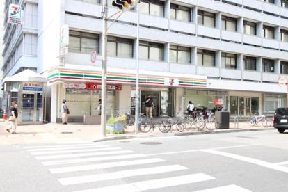 セブンイレブン名古屋栄2丁目店の画像1