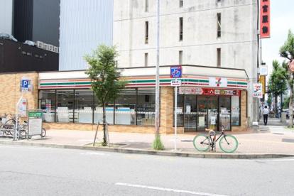 セブンイレブン名古屋栄2丁目東店の画像1