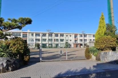 岐阜市立且格小学校の画像1