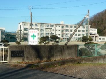 岐阜市立藍川中学校の画像1