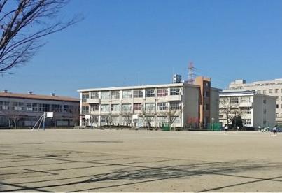 岐阜市立岐阜西中学校の画像1