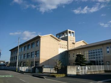 山県市立高富小学校の画像1