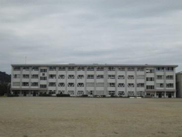関市立旭ケ丘小学校の画像1
