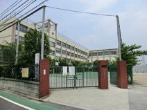 尾久八幡中学校