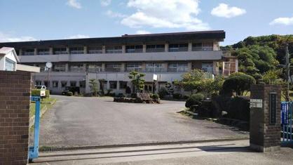 倉敷市立粒江小学校の画像1