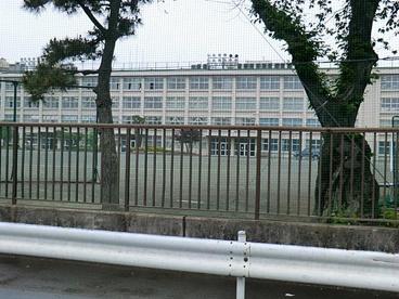 福生市立福生第二中学校の画像1