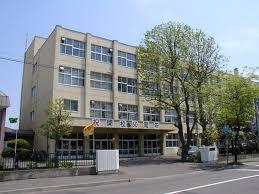 札幌市立美香保小学校の画像1