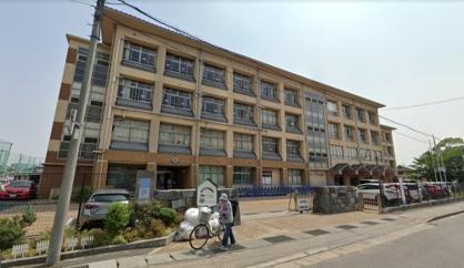 下阪本小学校の画像1