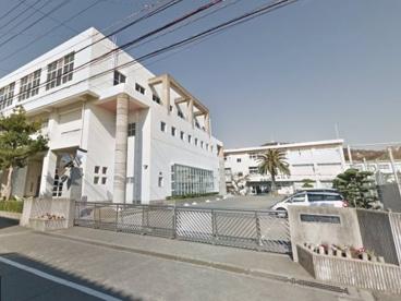 徳島市立八万中学校の画像1