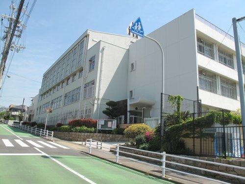 霞ケ丘小学校の画像