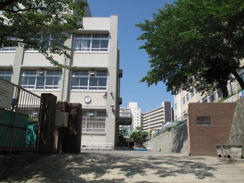神陵台中学校の画像