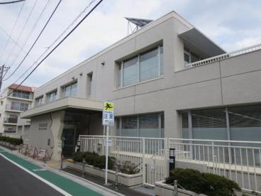 豊島区立目白図書館の画像1