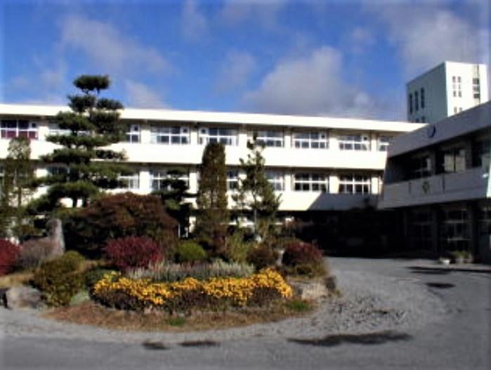 御代田北小学校の画像