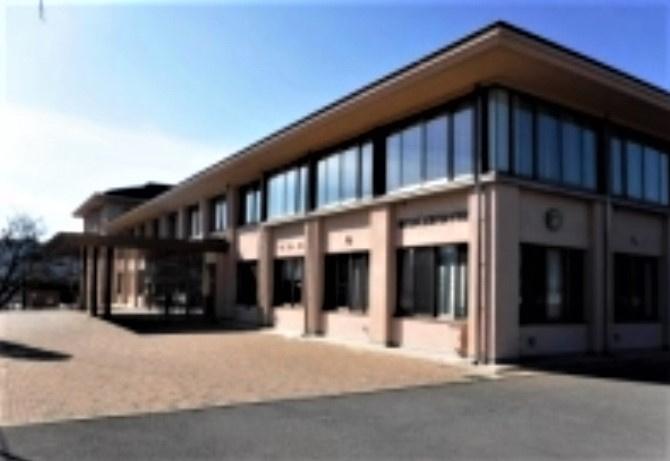 御代田中学校の画像