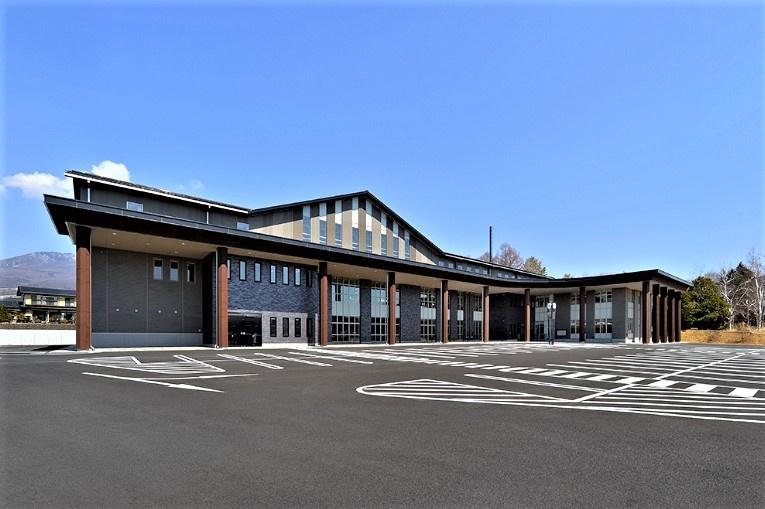 御代田町役場の画像