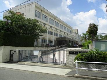 名古屋市立円上中学校の画像1
