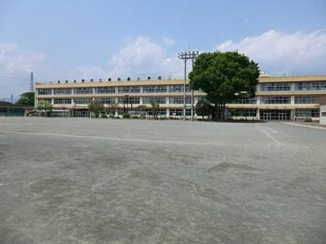 あきる野市立東秋留小学校の画像1