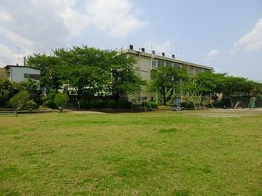 あきる野市立屋城小学校の画像1