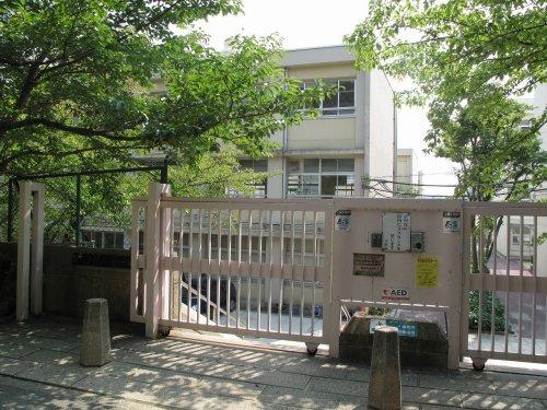 西舞子小学校の画像