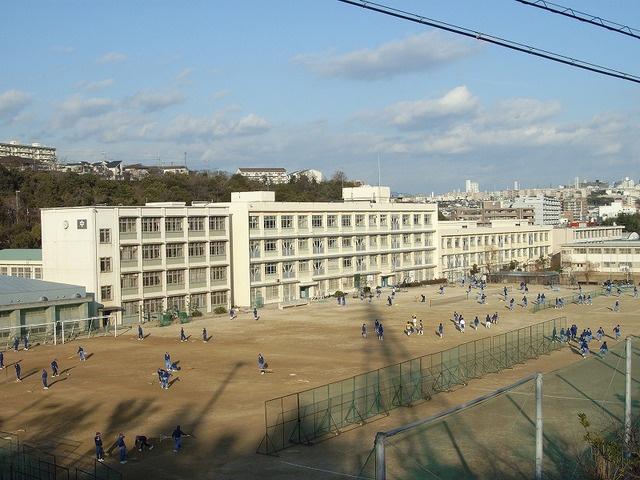 舞子中学校の画像