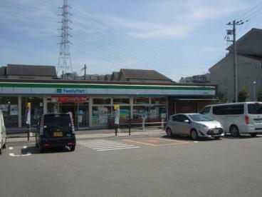 ファミリーマート常松店の画像1