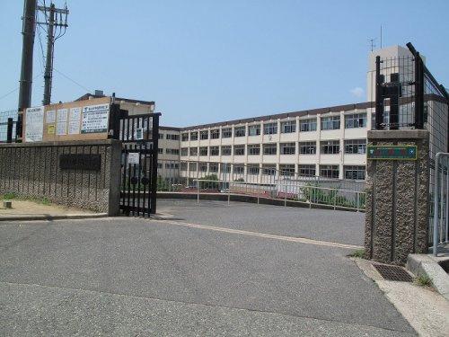 桃山台中学校の画像