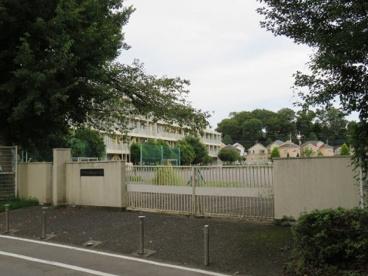 南白糸台小学校の画像1