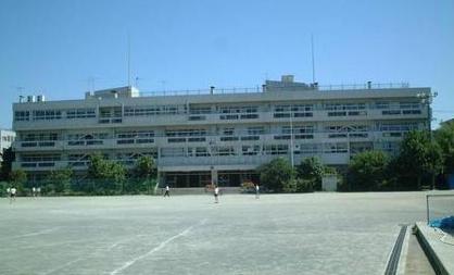 国分寺第二中学校の画像1