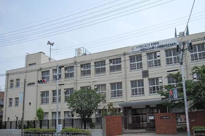 大阪市立大隅西小学校の画像1