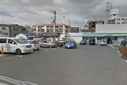 ファミリーマート 豊里7店の画像1