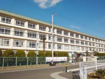 平塚市立岡崎小学校の画像1