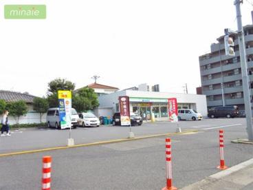ファミリーマート 船橋湊町店の画像2