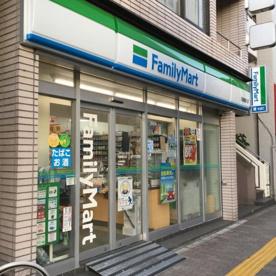 ファミリーマート 両国亀沢店の画像1