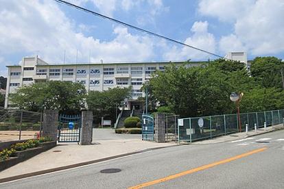 川西市立川西中学校の画像1