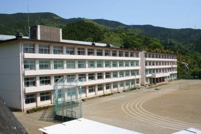 山北町立山北中学校の画像1