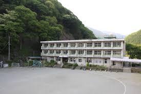山北町立川村小学校の画像1