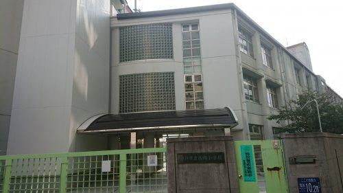 西郷小学校の画像