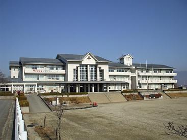 南アルプス市立八田中学校の画像1